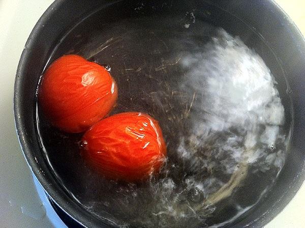 Luộc cà chua rồi nghiền nát đắp cùng thứ này, da trắng mịn như em bé sau 1 lần dùng duy nhất - Ảnh 3
