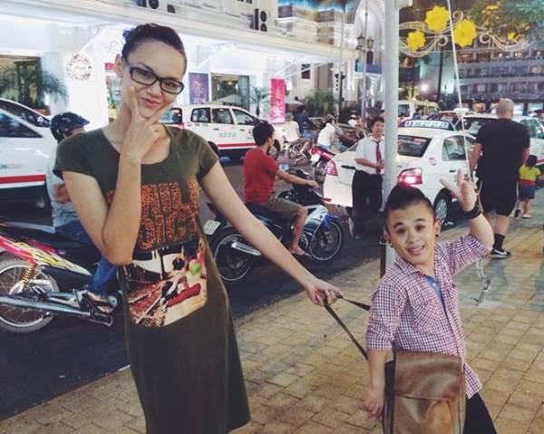 Ảnh cưới lãng mạn của chú lùn Xuân Tiến và bạn gái người mẫu 1.75m trước khi chia tay - Ảnh 3