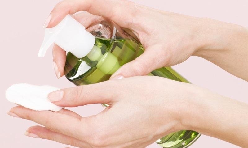 Mùa đông này phải biết cách dưỡng da tay bằng dầu Olive - Ảnh 1
