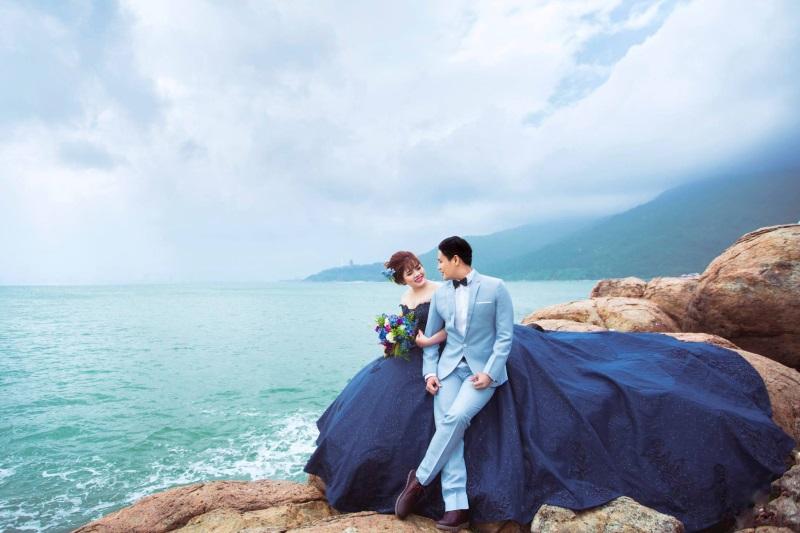 Vừa lãnh 250 triệu đồng, 'Hot boy trà sữa' dẫn 'vợ mập' ra Đà Nẵng chụp ảnh cưới hoành tráng thế này - Ảnh 10