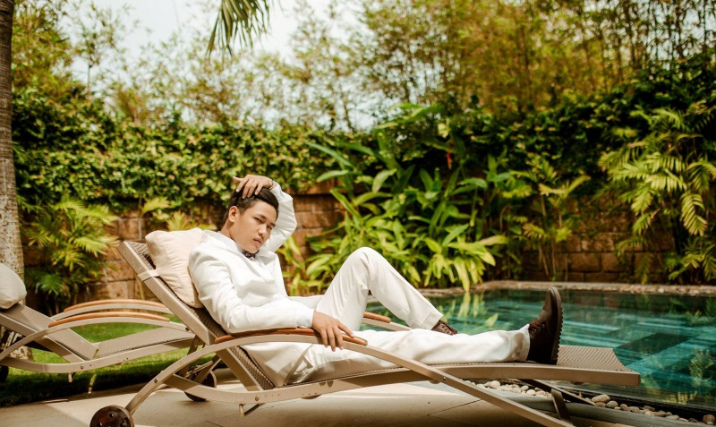 Vừa lãnh 250 triệu đồng, 'Hot boy trà sữa' dẫn 'vợ mập' ra Đà Nẵng chụp ảnh cưới hoành tráng thế này - Ảnh 14