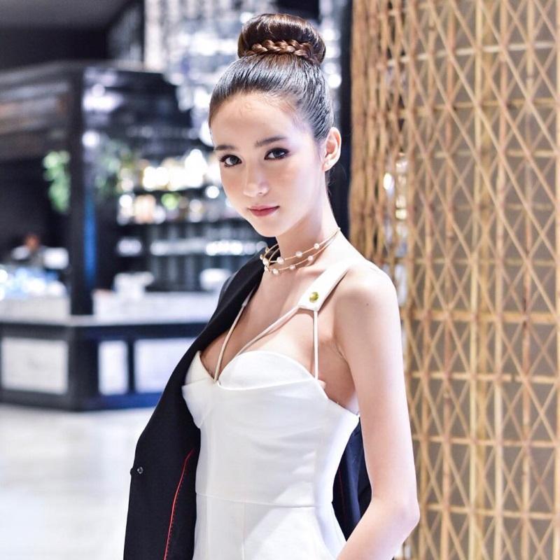 Nhan sắc 'tiên nữ'  của đối thủ Hương Giang Idol tại Hoa hậu chuyển giới - Ảnh 4