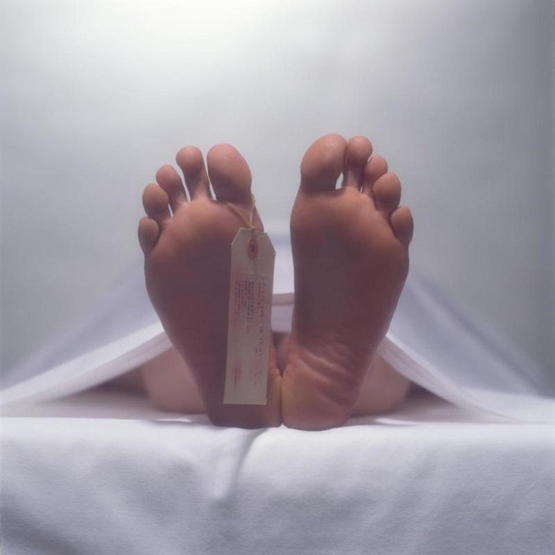 Chuyện lạ: Cậu bé 17 tuổi bật nắp quan tài sống lại giữa đám tang của chính mình - Ảnh 2