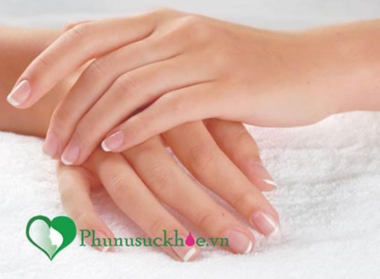 Mẹo tẩy rửa giúp móng tay luôn khỏe đẹp dù được sơn màu, tạo kiểu liên tục - Ảnh 4