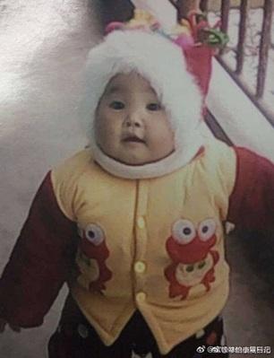 Quấy khóc khi mẹ và nhân tình đang 'mây mưa', bé gái 1 tuổi bị đánh đến hôn mê - Ảnh 3