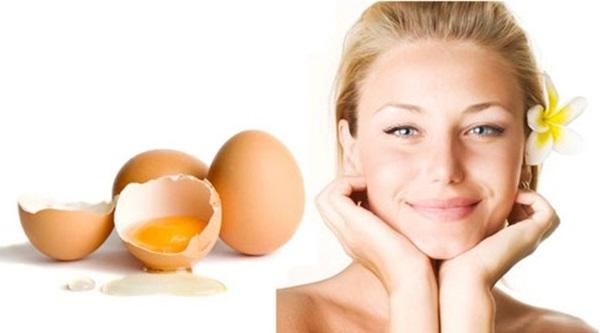 Mặt nạ lòng trắng trứng gà – cách se khít lỗ chân lông hiệu quả quen thuộc