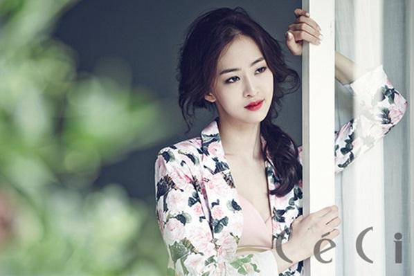 Ca sĩ Hàn Quốc Dasom lựa chọn dưa chuột để giảm cân cấp tốc