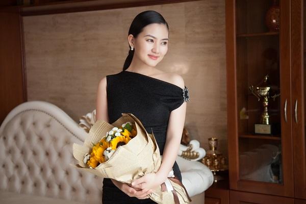 Ngọc Lan hạnh phúc vì Thanh Bình chồng chị rất yêu thương, chăm sóc tốt cho hai mẹ con - Ảnh: Mễ Thuận