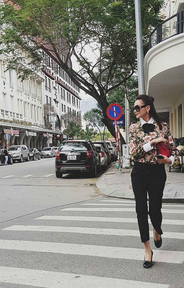 Học ngay cách 'chuẩn nhất' để mix phụ kiện sành điệu như mỹ nhân Việt. - Ảnh 1