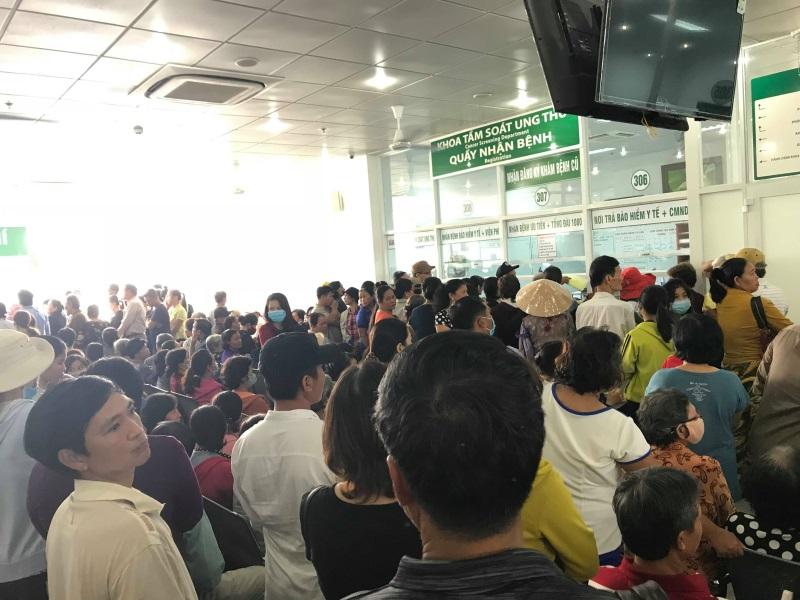 Bệnh nhân Ung bướu TP.HCM: U23 Việt Nam có vào chung kết thì Tết cũng chẳng vui - Ảnh 1