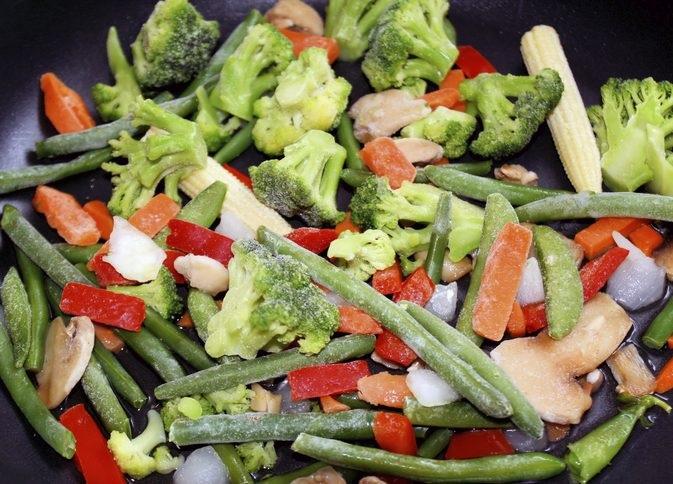 Tuyệt chiêu nấu nướng giúp rau củ đông lạnh giữ được vị ngon ngọt như mới mua về - Ảnh 1