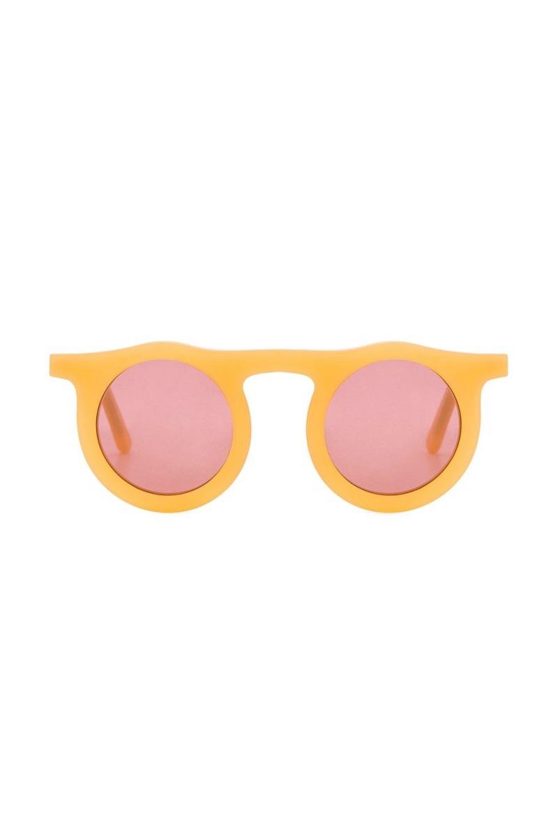 'Nghía' qua 10 mẫu mắt kính thú vị cho dịp vui chơi cuối năm - Ảnh 3