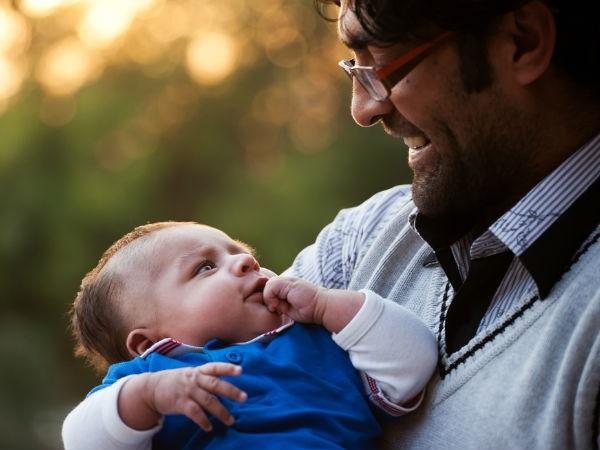 5 bí quyết giúp cha làm dịu cơn khóc của trẻ - Ảnh 2