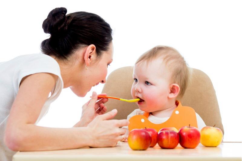 5 cách dễ dàng tập cho trẻ ăn dặm  - Ảnh 2