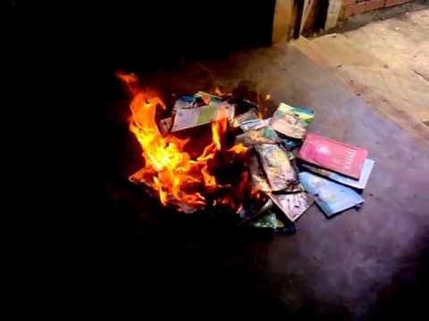 5 thứ tuyệt đối không được đốt khi dọn dẹp nhà cửa nếu không muốn tiền bạc thất thoát, gia đình lục đục - Ảnh 3