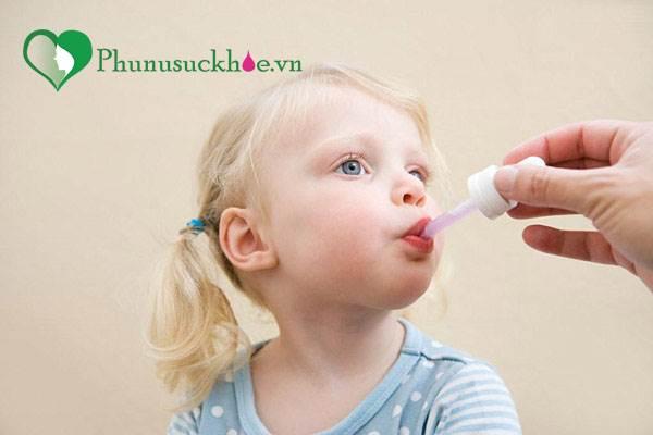 Mách mẹ bí quyết để bé uống thuốc 'dễ như ăn kẹo' - Ảnh 2