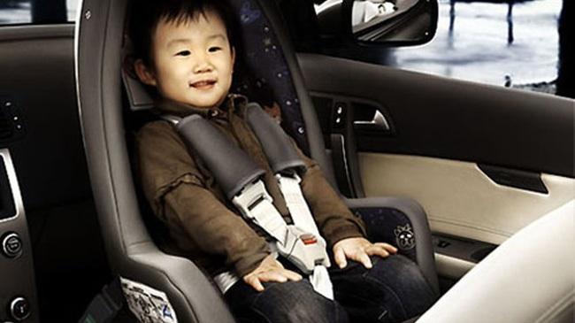 Bà mẹ cảnh báo sai lầm nghiêm trọng nhiều người mắc phải khi dùng ghế ngồi ô tô cho trẻ - Ảnh 3