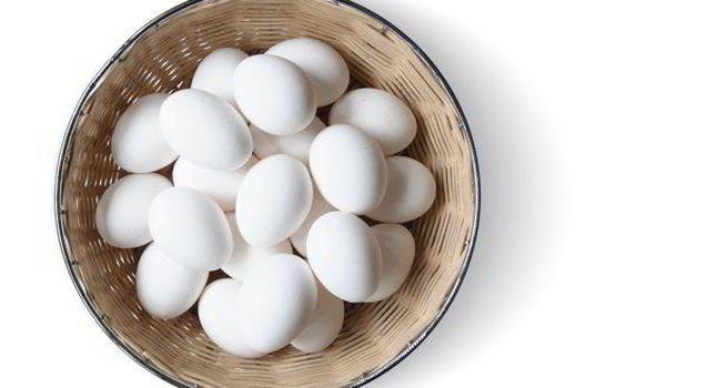 7 loại thực phẩm ngăn tóc bạc sớm và rụng nên ăn ngay hôm nay - Ảnh 4