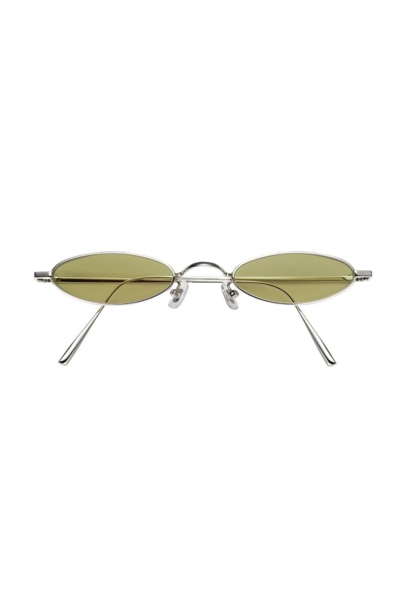 'Nghía' qua 10 mẫu mắt kính thú vị cho dịp vui chơi cuối năm - Ảnh 7