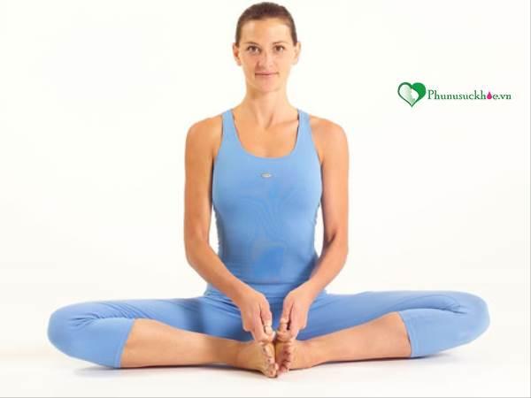 5 tư thế yoga giúp 'chuyện ấy' tuyệt vời hơn - Ảnh 3