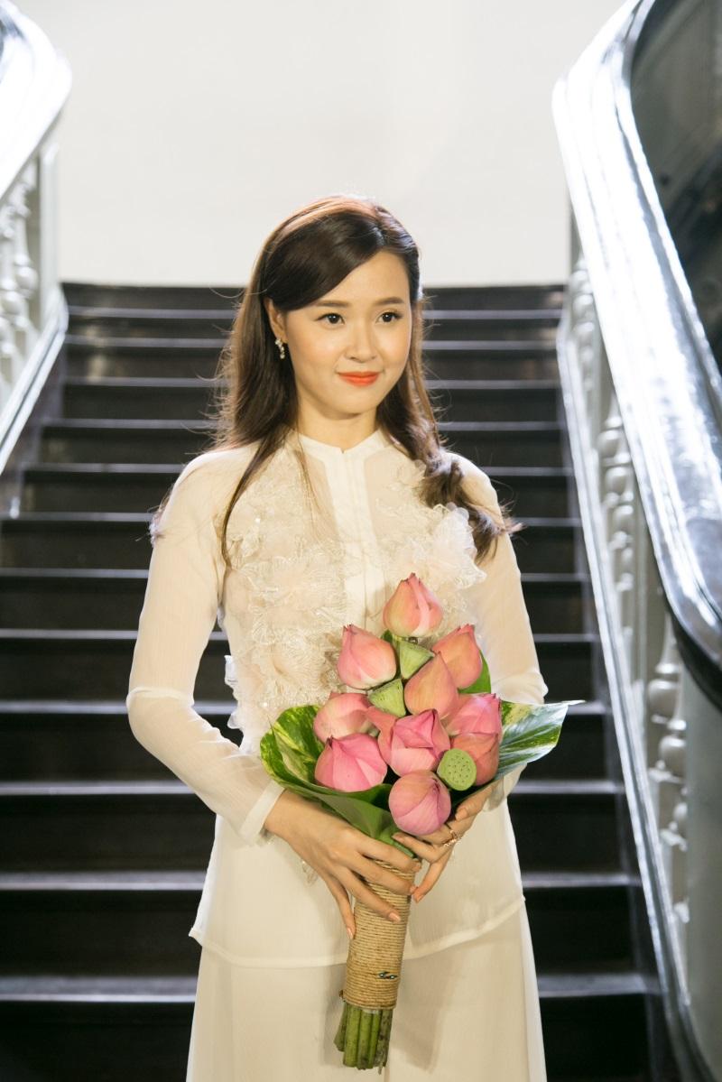 Midu được cho là hợp vai diễn vì sở hữu có nét đẹp dịu dàng, nền nã của người con gái xưa