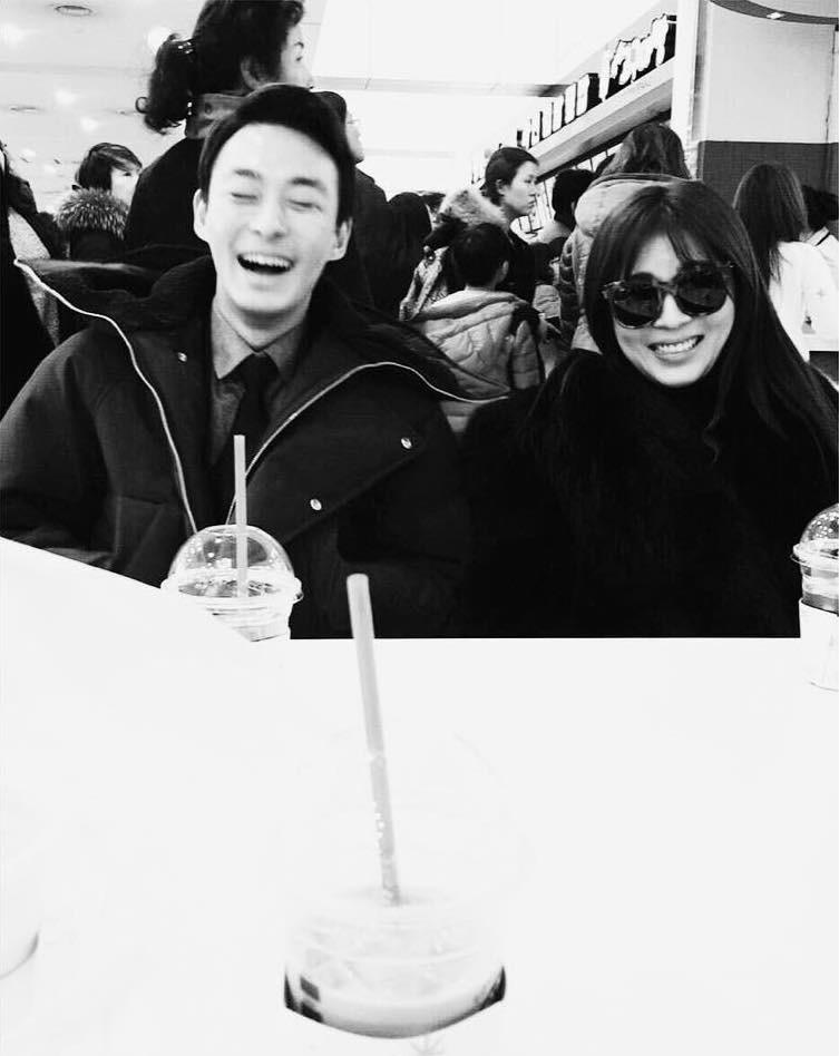 Ha Ji Won cuối cùng đã lên tiếng sau khi em trai qua đời: 'Hi vọng ngôi sao của chị sẽ được hạnh phúc' - Ảnh 3