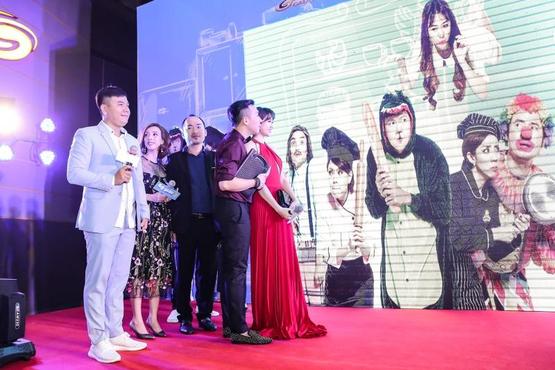 Hari Won diện nguyên set đồ hiệu đắt đỏ dự sự kiện cùng Trấn Thành - Ảnh 7