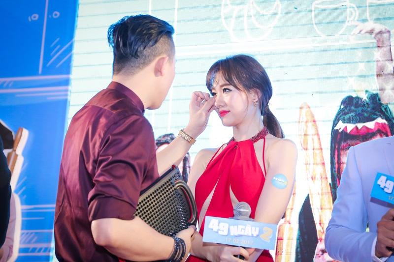 Hari Won diện nguyên set đồ hiệu đắt đỏ dự sự kiện cùng Trấn Thành - Ảnh 12