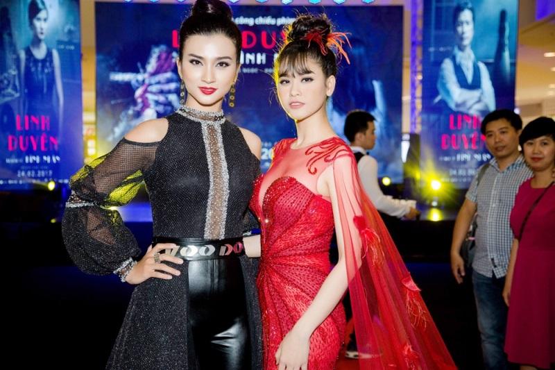 Bị đồn tình cảm rạn nứt, Trương Quỳnh Anh cùng Tim tình tứ như thế này trong sự kiện - Ảnh 3
