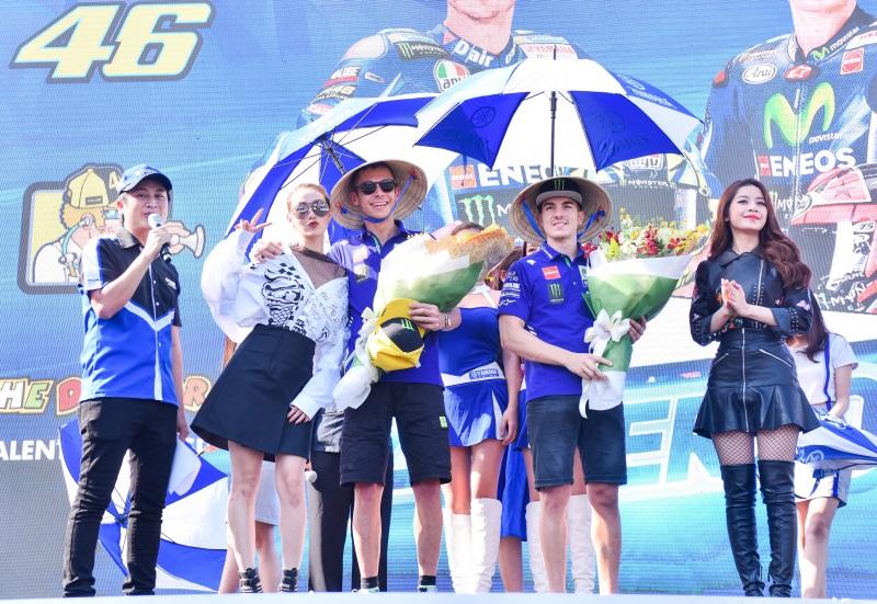 MC Quốc Quân rạng rỡ cùng Minh Hằng, Chi Pu giao lưu với tay đua số 1 thế giới - Ảnh 3