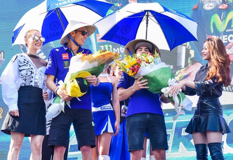 MC Quốc Quân rạng rỡ cùng Minh Hằng, Chi Pu giao lưu với tay đua số 1 thế giới - Ảnh 7