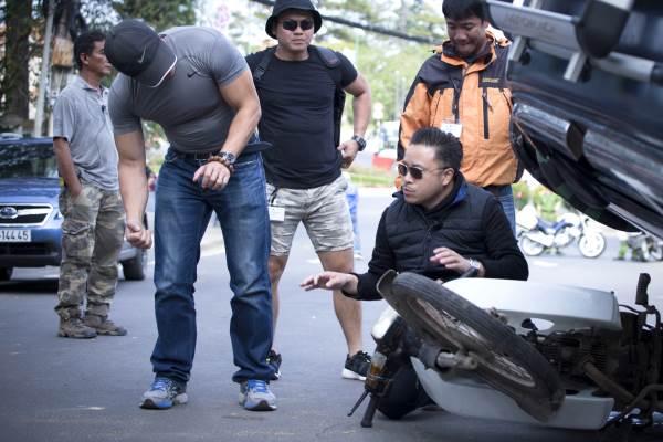 Nhã Phương, Cường Seven xuất hiện trong phim mới 'Lôi báo' của Victor Vũ - Ảnh 6