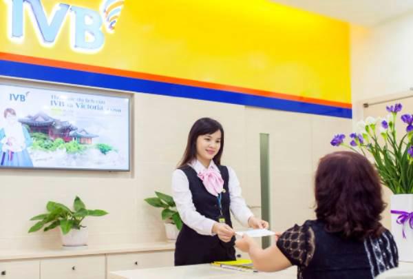 Indovina Bank tặng quà cho khách hàng gửi tiền - Ảnh 1