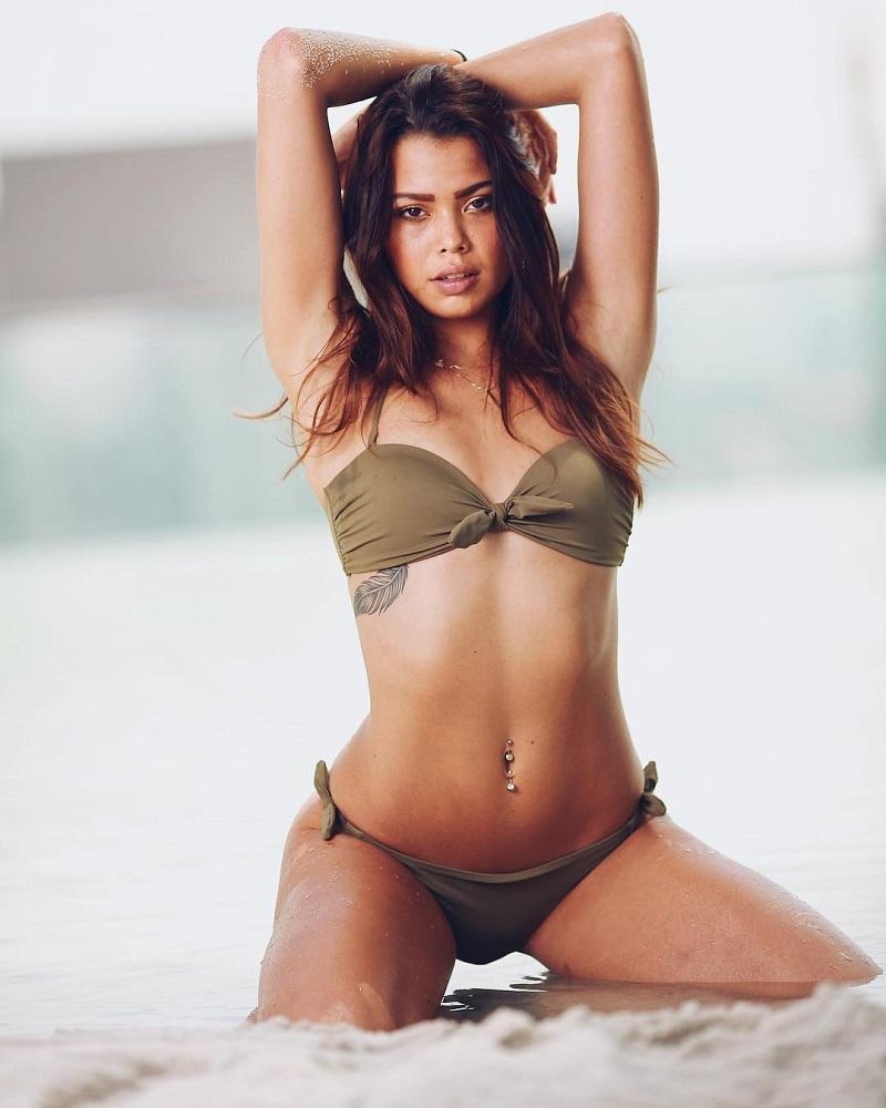 Tiếc nuối hình ảnh xinh đẹp của mẫu nữ 19 tuổi chết lõa thể - Ảnh 5