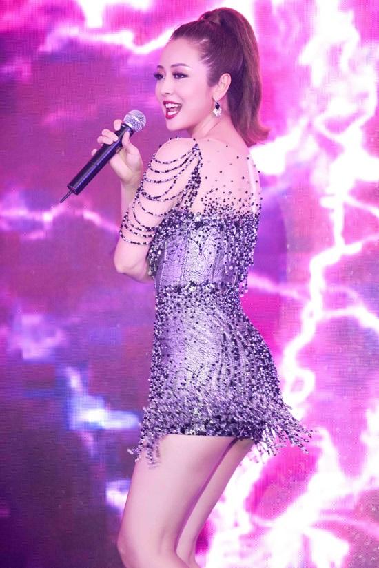 Bất ngờ trước khả năng vũ đạo điêu luyện và giọng hát tuyệt vời của Jennifer Phạm - Ảnh 7