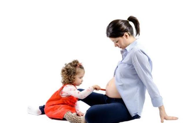 Mang bầu sau sinh mổ cần lưu ý điều gì? - Ảnh 1