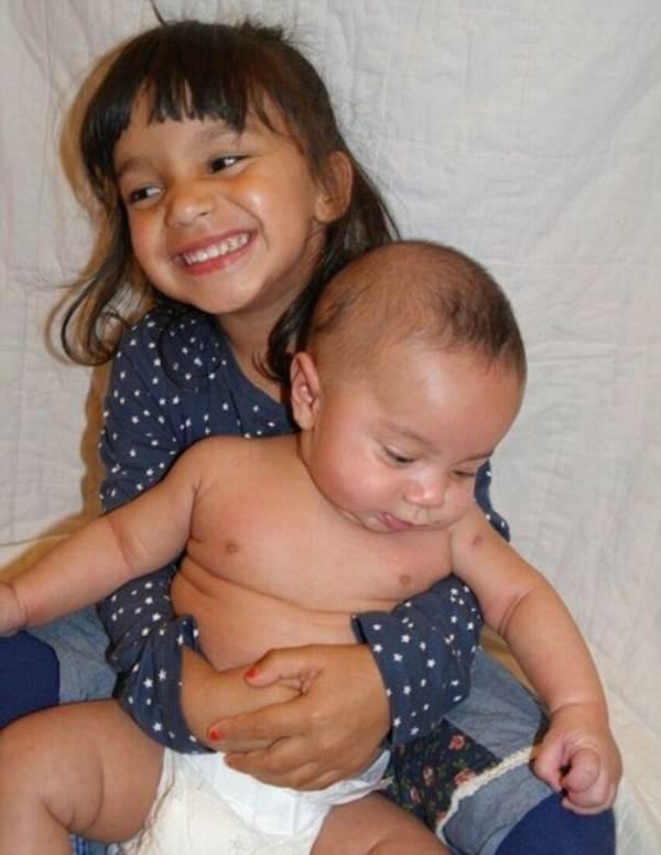 Xúc động câu chuyện bà mẹ mắc ung thư vú vẫn quyết sinh 2 con khỏe mạnh - Ảnh 7