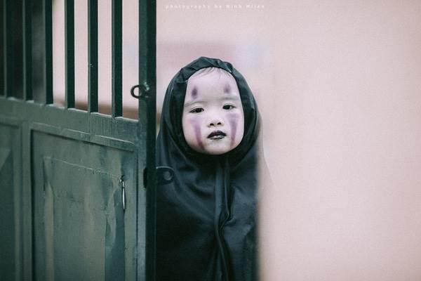 Xuất hiện 'con ma' Vô Diện phiên bản Việt Nam diễn sâu hơn cả phiên bản gốc - Ảnh 10