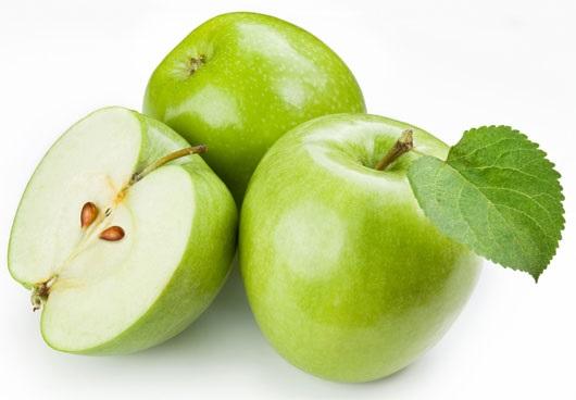 Táo giàu AHA, trắng da tự nhiên đơn giản tại nhà với ngày 1 quả táo