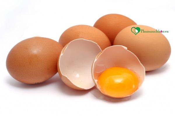 Trị rụng tóc nên ăn gì? Bạn nên ăn trứng gà