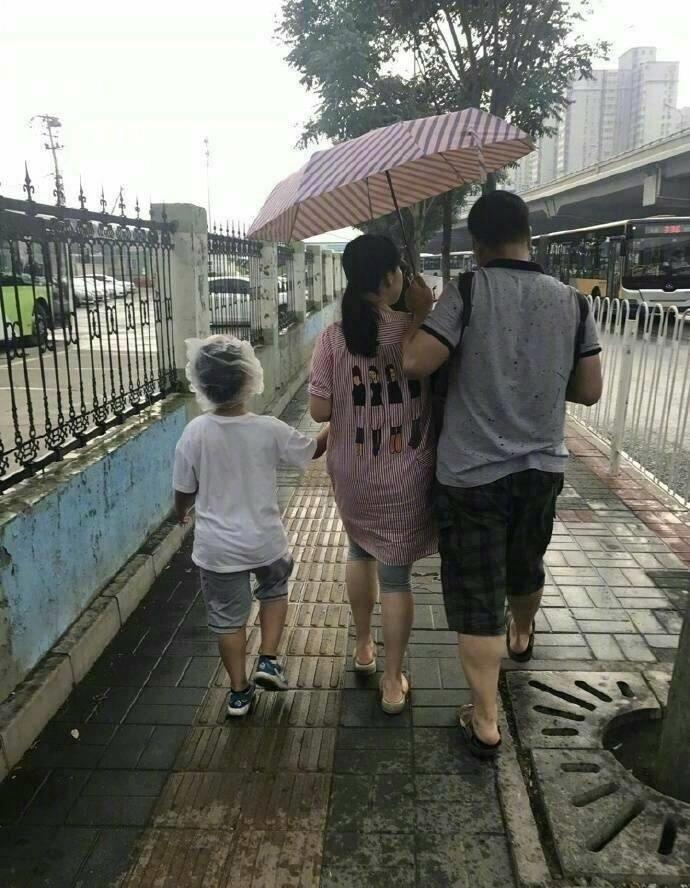 Dân mạng cười chảy nước mắt với chùm ảnh chứng minh câu nói 'Con là do ba mẹ nhặt về nuôi' là có thật - Ảnh 3