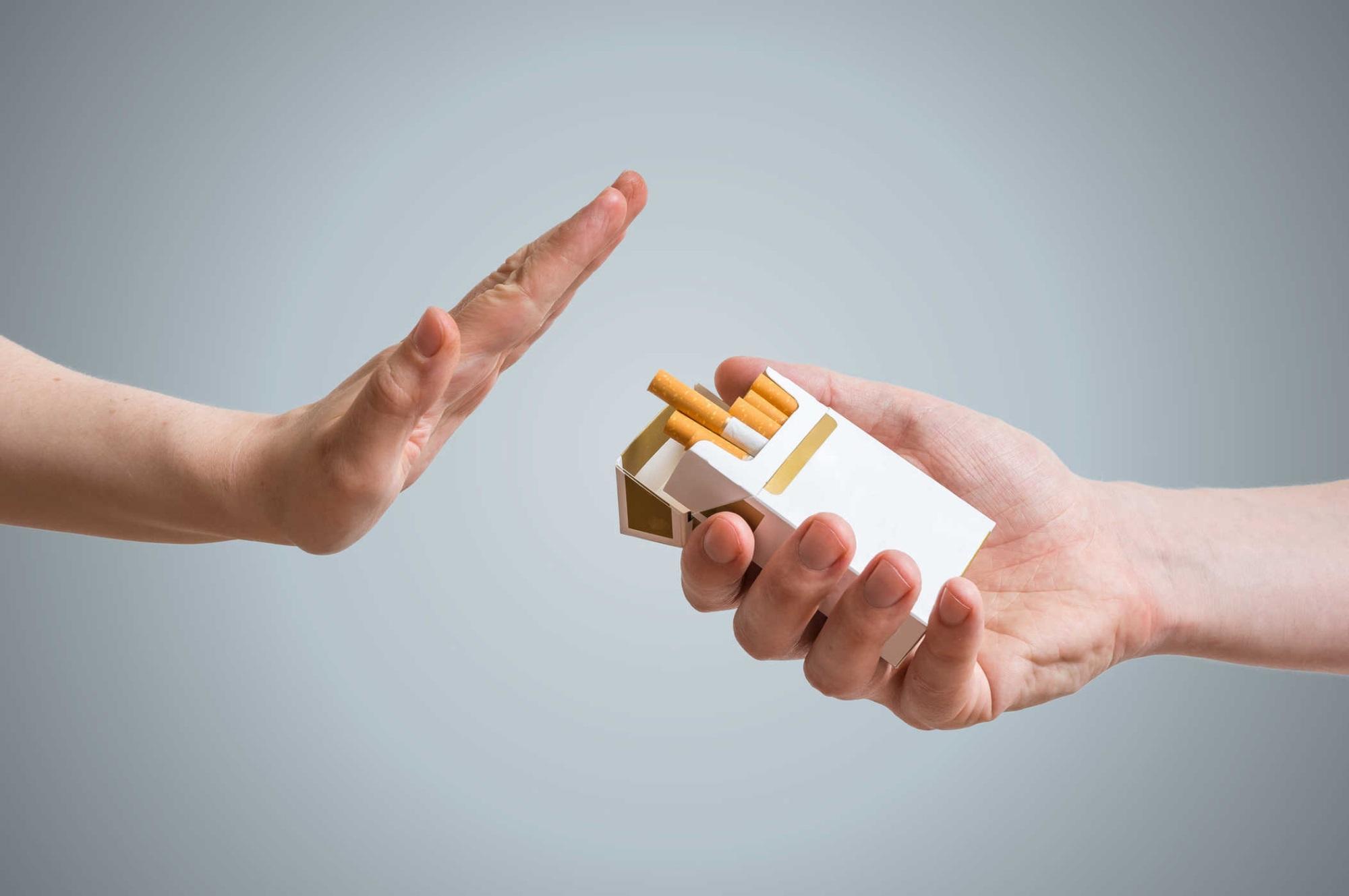 Hút thuốc lá sẽ kéo theo chất lượng đời sống tình dục suy giảm