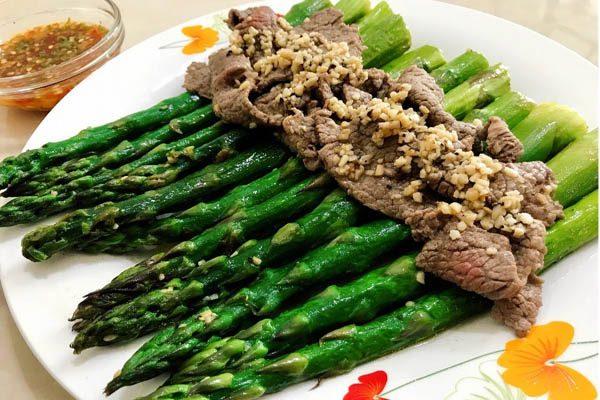 Măng tây xào thịt bò bổ dưỡng