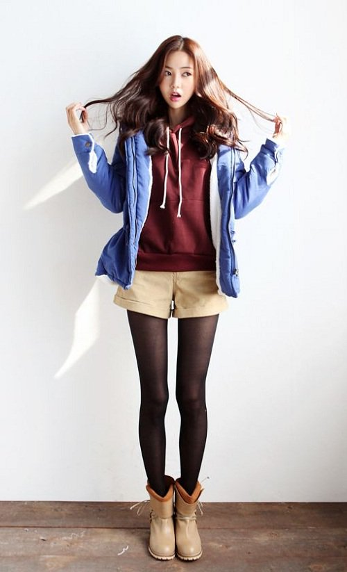'Hack tuổi' với loạt công thức diện áo hoodie sành điệu cho ngày lạnh - Ảnh 6