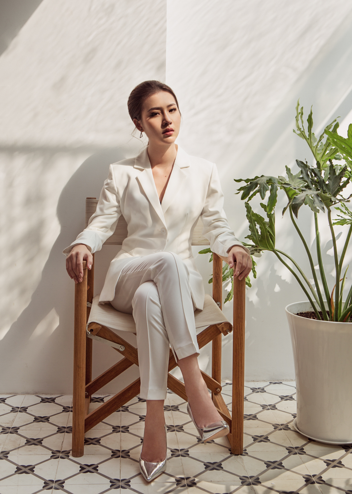 Hoa hậu Biển Kim Ngọc 'tái xuất' với hình ảnh quý cô thanh lịch đầy cuốn hút - Ảnh 1