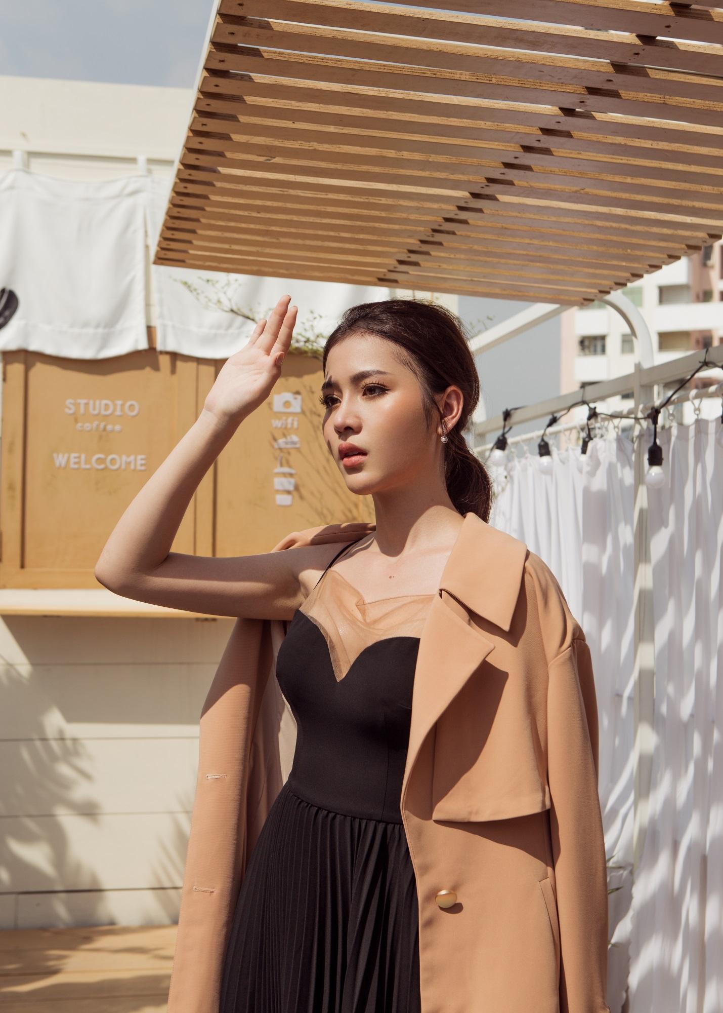 Hoa hậu Biển Kim Ngọc 'tái xuất' với hình ảnh quý cô thanh lịch đầy cuốn hút - Ảnh 14