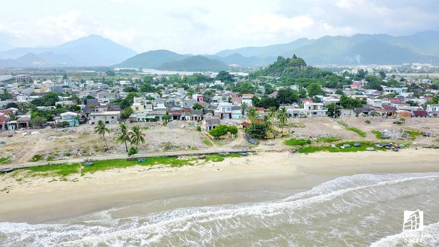 Đây là khu vực ven biển đẹp và hoang sơ còn lại của TP Đà Nẵng.