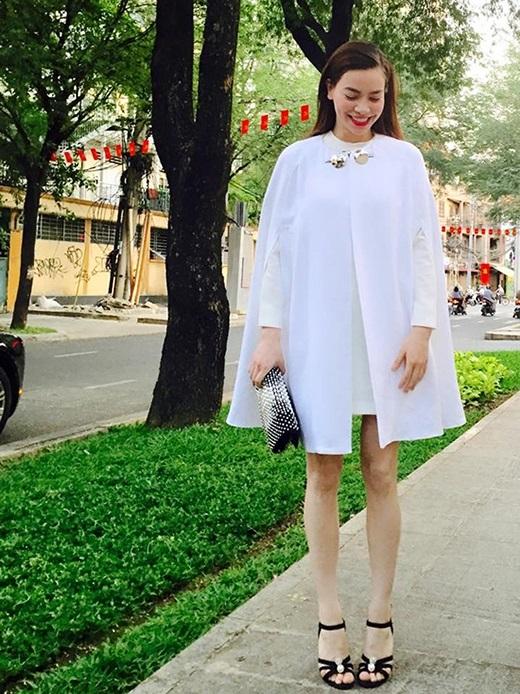 Áo cape - Biến tấu cho mùa đông lạnh giá của mỹ nữ Việt - Ảnh 3