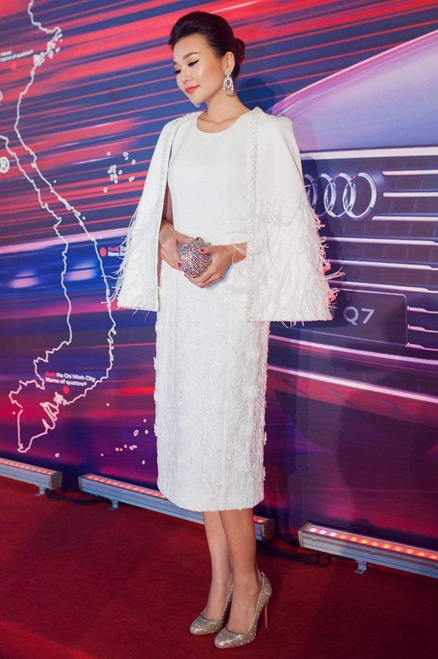 Áo cape - Biến tấu cho mùa đông lạnh giá của mỹ nữ Việt - Ảnh 6