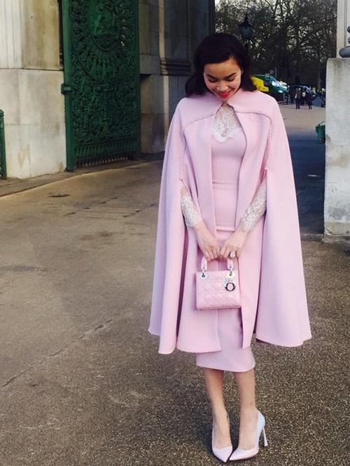 Áo cape - Biến tấu cho mùa đông lạnh giá của mỹ nữ Việt - Ảnh 4